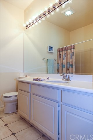 18611 Park Ridge Lane, Huntington Beach CA: http://media.crmls.org/medias/55e7f855-db12-4c00-99d0-1d8b51fa8c03.jpg