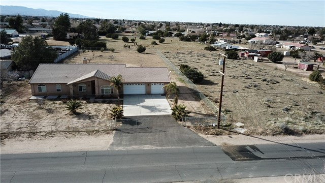 8476 6th Avenue Hesperia CA 92345