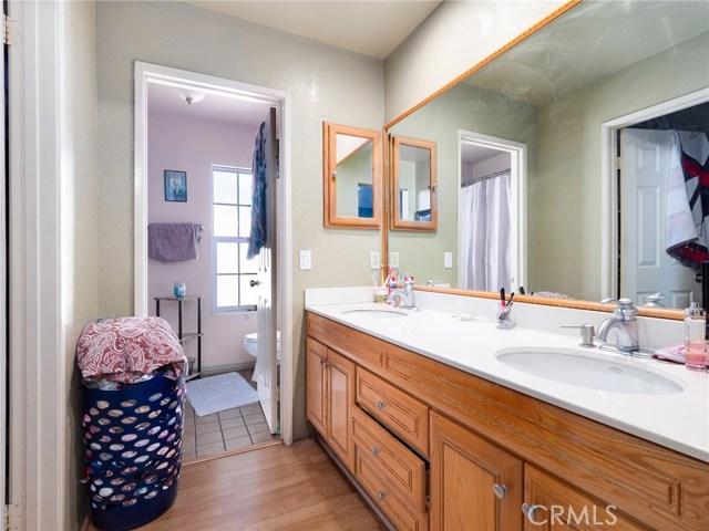 7621 Sullivan Place, Buena Park CA: http://media.crmls.org/medias/55f946f5-ec99-4805-a159-579e5dd6b689.jpg