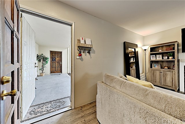Detail Gallery Image 1 of 1 For 3700 Tully Rd #129,  Modesto,  CA 95356 - 2 Beds | 1/1 Baths