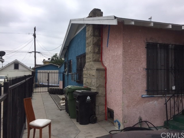 420 E 61st Street Los Angeles, CA 90003 - MLS #: DW17206504
