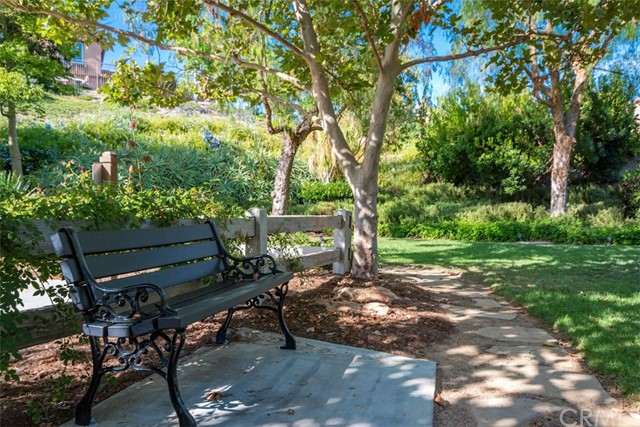 27074 Pumpkin Street, Murrieta CA: http://media.crmls.org/medias/560abc32-3e87-485c-8fe2-e5340d4575d4.jpg