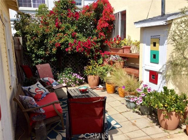 2604 Grant Avenue, Redondo Beach CA: http://media.crmls.org/medias/560c6185-ef0a-4361-97bb-26204b37b771.jpg