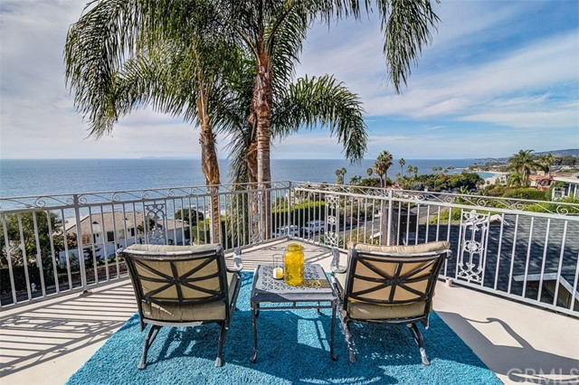 31365 Monterey Street, Laguna Beach CA: http://media.crmls.org/medias/56141150-2c9f-49e1-880d-34febf9dc5ea.jpg