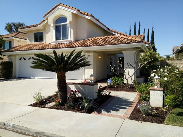 27 Lee , CA 92620 is listed for sale as MLS Listing OC18045284