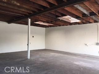 5811 S Denker Avenue, Los Angeles CA: http://media.crmls.org/medias/56332ad3-4bf9-4f2b-9562-fe9e03827f38.jpg