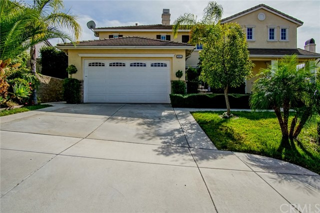 29011 Horner Lane, Highland CA: http://media.crmls.org/medias/563bce82-21f8-44a5-be7b-344ed2de1355.jpg