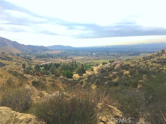 24 Stone Mountain Road, Moreno Valley, CA 92557