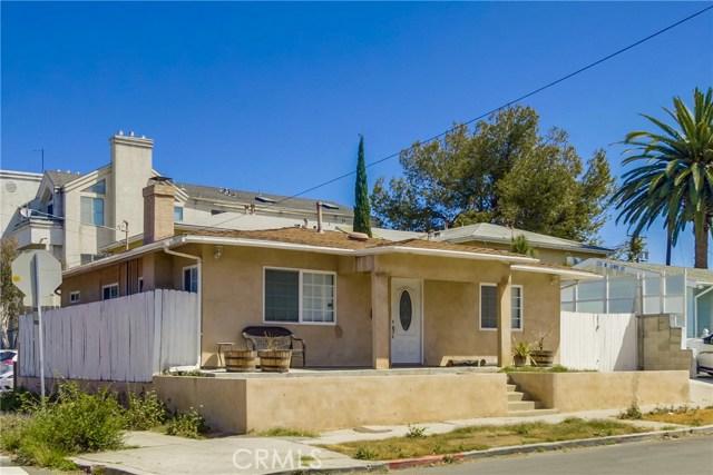 130 W Lewis, San Diego CA: http://media.crmls.org/medias/56510617-c215-4803-a743-0c99ef9c6eb8.jpg