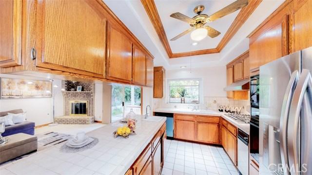 8541 Lorain Road, San Gabriel CA: http://media.crmls.org/medias/565868af-f111-4464-aa4b-29f77e61f8fd.jpg