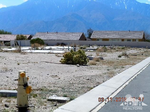 0 Bald Eagle Lane, Desert Hot Springs CA: http://media.crmls.org/medias/565c8d00-ba54-4cea-9e49-58d4cf5044cb.jpg