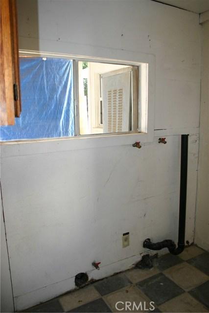15808 Victoria Avenue, La Puente CA: http://media.crmls.org/medias/56646c4c-9eda-4093-90b6-17955b988ef9.jpg
