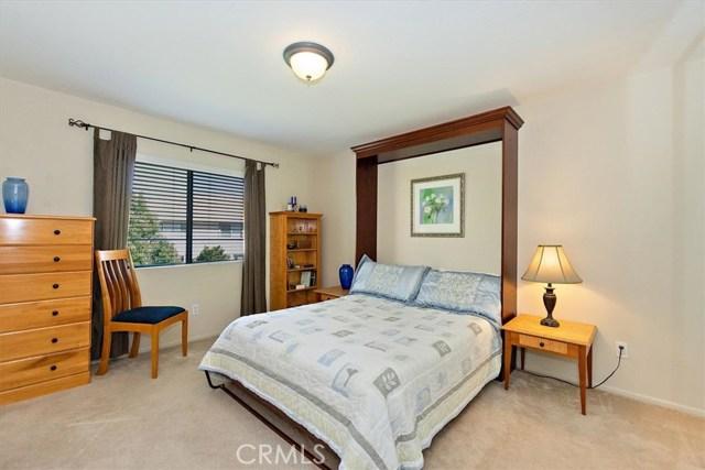 7695 Massachusetts Place, Rancho Cucamonga CA: http://media.crmls.org/medias/56799046-99fd-4d97-925f-d67c388d64ef.jpg
