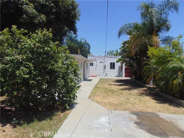1005 Maple Street, Inglewood CA: http://media.crmls.org/medias/567b62ad-21b9-41f7-9e48-4d18697c029f.jpg