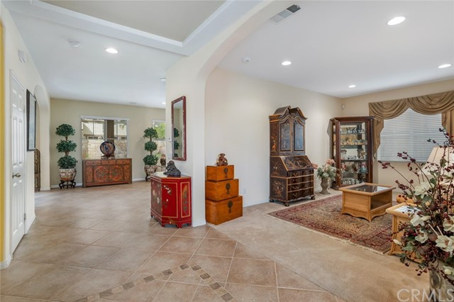 7324 Reserve Place, Rancho Cucamonga CA: http://media.crmls.org/medias/567f6f23-0021-4bd8-a250-5ff91456d801.jpg
