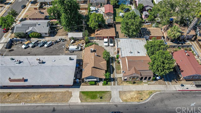 1625 E Olive Avenue, Fresno CA: http://media.crmls.org/medias/5682fd48-c9a8-4cf0-a7ae-97ec4f81edd5.jpg