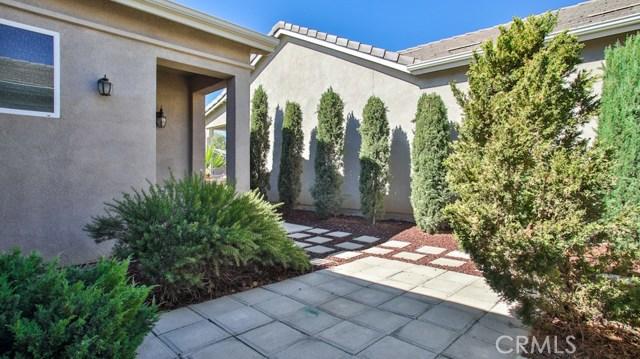 8160 Doral Lane, Hemet CA: http://media.crmls.org/medias/568f4626-9286-46d4-928b-c96ccda86fe0.jpg