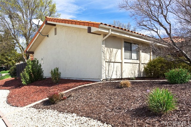 903 Torrey Pines Drive, Paso Robles CA: http://media.crmls.org/medias/56918a2b-bf1d-4c5b-b949-c2d56c58d2c2.jpg