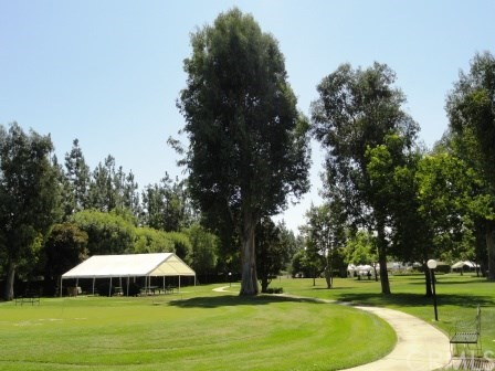 5200 Irvine Blvd., Irvine CA: http://media.crmls.org/medias/5697b4de-e3e3-45df-861e-2df7dd1a870d.jpg
