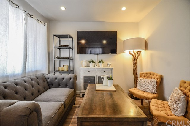 10026 Marcus Avenue Tujunga, CA 91042 - MLS #: AR18196090