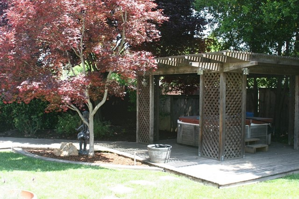 2080 Bidwell Avenue, Chico CA: http://media.crmls.org/medias/569fb9c3-b441-4812-84a7-69c34968672f.jpg