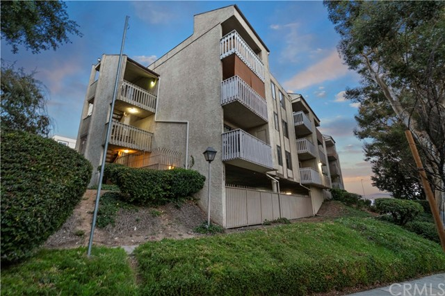 Detail Gallery Image 1 of 1 For 1630 Neil Armstrong St #212,  Montebello,  CA 90640 - 2 Beds | 2 Baths