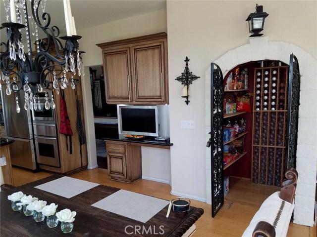 1324 Garten Drive, Placentia CA: http://media.crmls.org/medias/56a7e890-7768-4e30-bd6b-49c96543b8ad.jpg