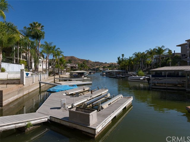30099 White Wake Drive, Canyon Lake CA: http://media.crmls.org/medias/56abaeec-335e-49ab-9e06-1460cd3a4c1e.jpg