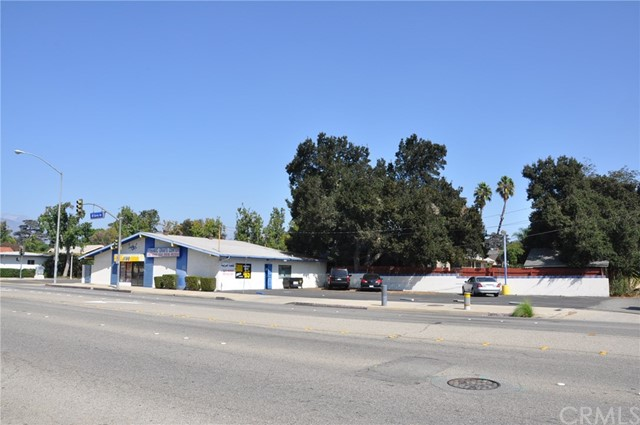 1192 N Garey Avenue Pomona, CA 91767 - MLS #: TR17235864