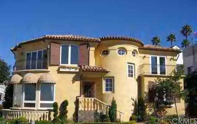 Single Family Home for Rent at 2720 Bayview Drive Corona Del Mar, California 92625 United States