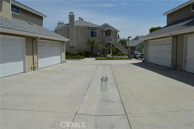 1822 W Falmouth Avenue, Anaheim CA: http://media.crmls.org/medias/56e9c422-2723-41ae-bb94-7743ea099823.jpg