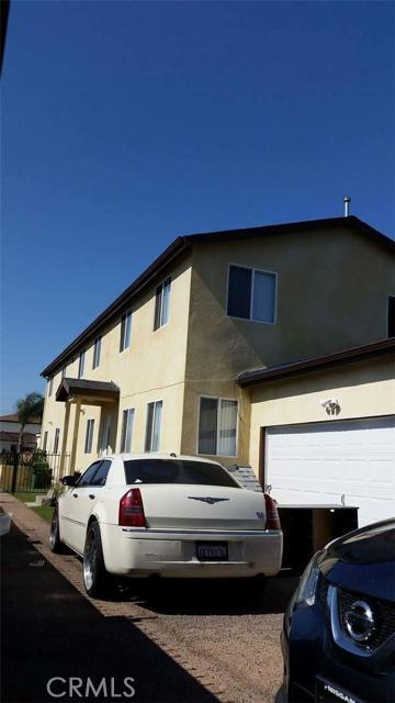 612 80th St, Los Angeles, CA 90001