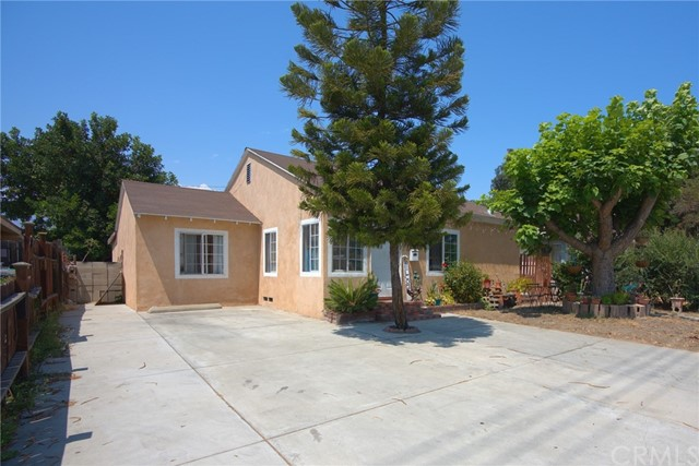 Detail Gallery Image 1 of 24 For 14217 Los Angeles St, Baldwin Park,  CA 91706 - 3 Beds   2 Baths