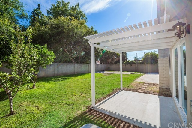 620 Highlander Avenue, Placentia CA: http://media.crmls.org/medias/57225a47-8b86-45ad-b6a0-31e725536e10.jpg