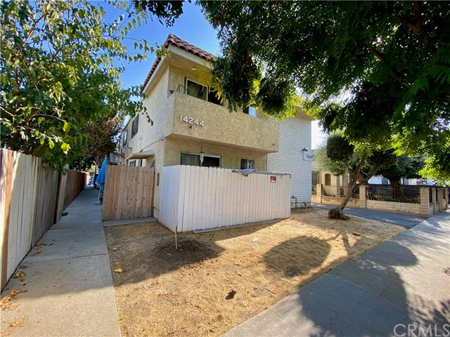 Detail Gallery Image 1 of 12 For 14244 Erwin St, Van Nuys,  CA 91401 - – Beds   – Baths