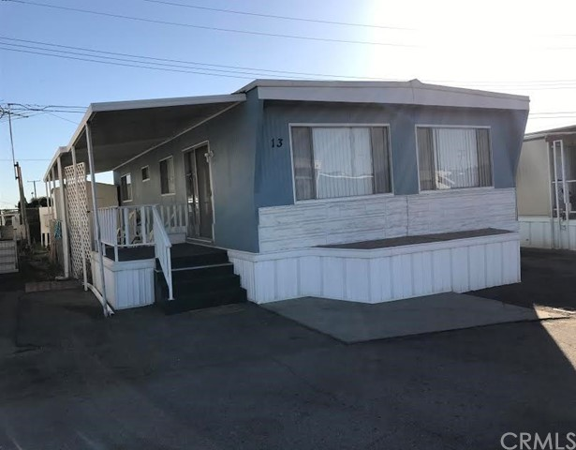 630 Maple # 13 Avenue, Montebello, California 90640, 2 Bedrooms Bedrooms, ,2 BathroomsBathrooms,Manufactured In Park,For Sale,Maple # 13,DW19245720