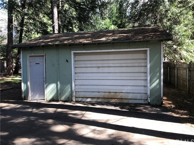14716 Briarwood Drive, Magalia CA: http://media.crmls.org/medias/57245ea6-e33f-42d6-a68c-5e0e09ab5b9b.jpg