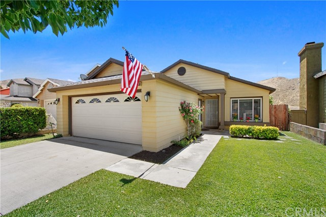 Photo of 14079 Weeping Willow Lane, Fontana, CA 92337