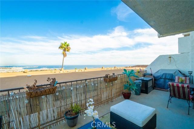 765 26th Street, San Pedro, California 90731, 2 Bedrooms Bedrooms, ,2 BathroomsBathrooms,Condominium,For Sale,26th,SB19268228