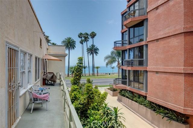 1045 Ocean Avenue, Santa Monica CA: http://media.crmls.org/medias/573fc67d-2e2c-4675-9927-34edb31cfc06.jpg