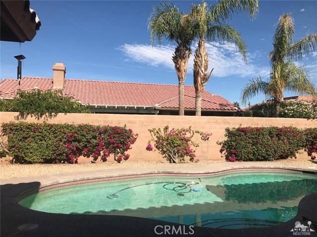 77528 Westbrook Court, Palm Desert CA: http://media.crmls.org/medias/574b8121-4dfc-478e-a17c-beec16a8e49b.jpg