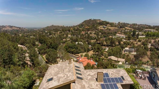 10745 Equestrian Drive North Tustin, CA 92705 - MLS #: PW18143779
