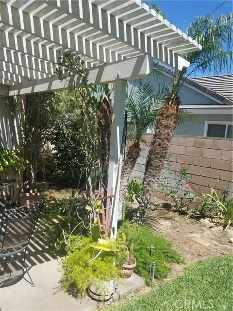 11306 Ainsley Avenue, Riverside CA: http://media.crmls.org/medias/575aaa54-3fbc-43b4-bc85-b22bbe4bd938.jpg