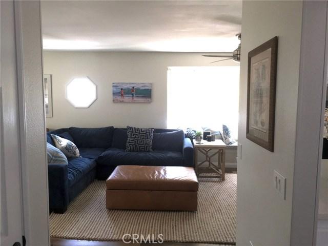 116 E Balboa Boulevard, Newport Beach CA: http://media.crmls.org/medias/575f103b-c82d-4468-9fcd-bef63df7e6a6.jpg