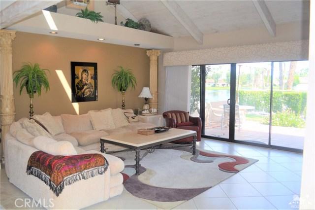 369 Wimbledon Drive, Rancho Mirage CA: http://media.crmls.org/medias/576523ef-4a66-48a5-a44f-d4463198e95e.jpg