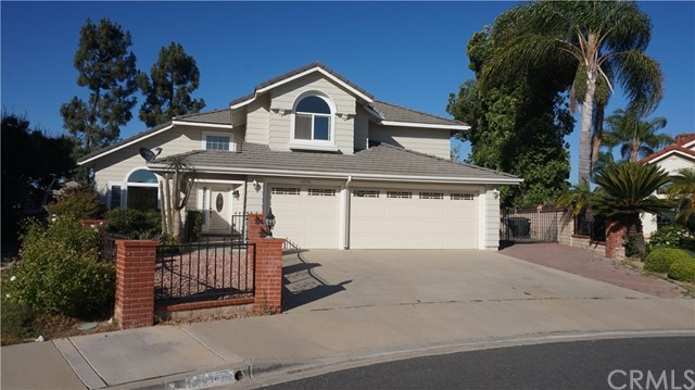 13745 Moonshadow Place, Chino Hills CA: http://media.crmls.org/medias/5775025e-9b29-4e0f-bc8d-bb1882ecaa6b.jpg