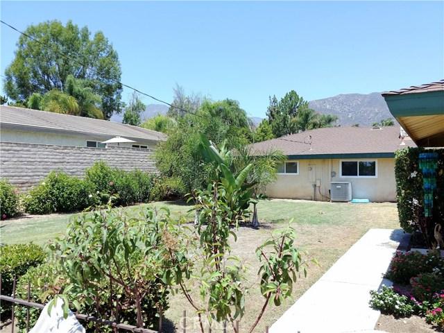 386 Deborah Court, Upland CA: http://media.crmls.org/medias/57768e67-3657-467b-9b1f-0ac043309211.jpg