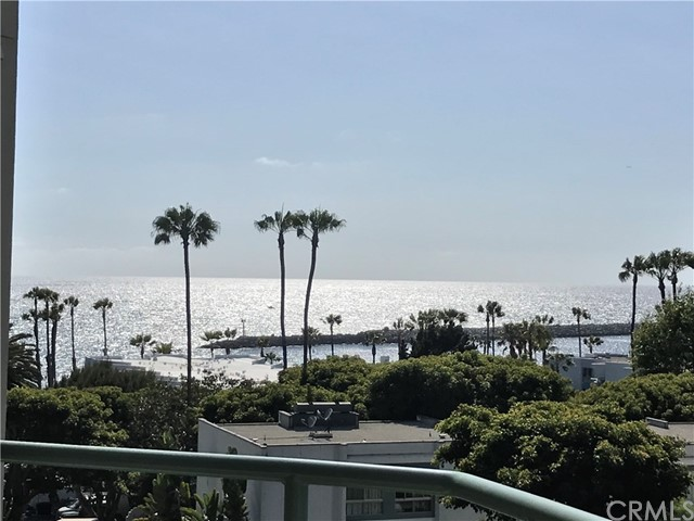 520 The Village 313, Redondo Beach, CA 90277 photo 2