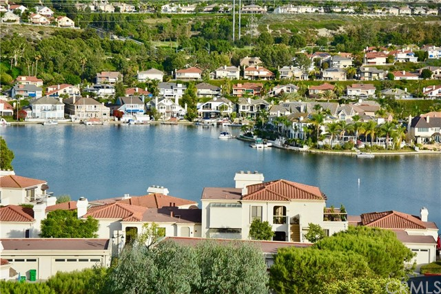 27814 Paguera 31 Mission Viejo, CA 92692 is listed for sale as MLS Listing OC16724276