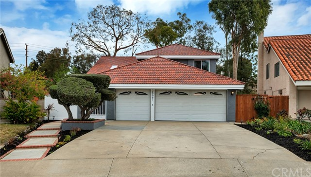 Property for sale at 25661 Hazelnut Lane, Lake Forest,  California 92630